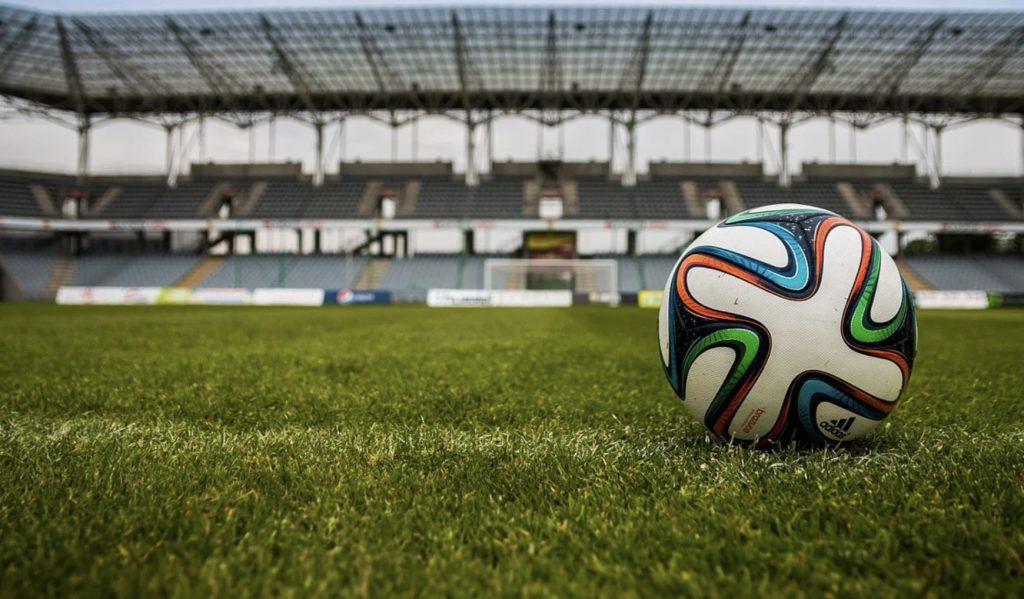 Kiedy wrócą najlepsze ligi Europy? Kursy bukmacherskie