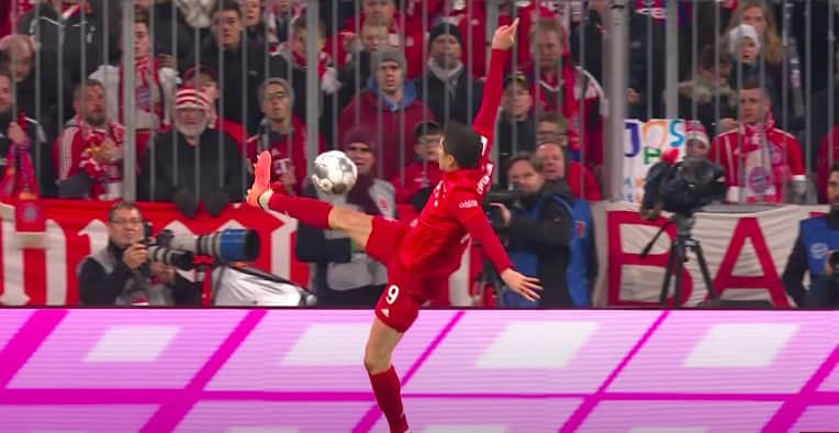 Borussia - Bayern online za darmo. Transmisja w internecie - gdzie obejrzeć?